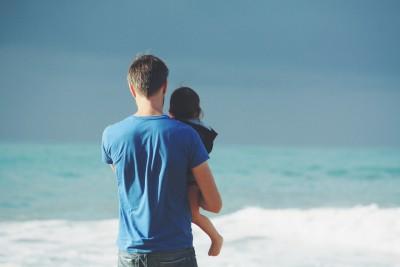 10 fraze care transformă copilul tău într-un adult complexat