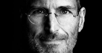 De ce trebuie să îi urmezi exemplul lui Steve Jobs
