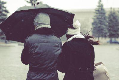 Nu îți lua responsabilitatea pentru fericirea unui om nefericit