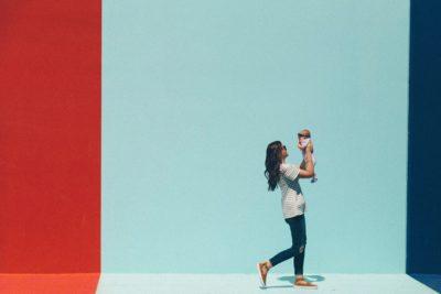 De ce este bine ca mama să aibă o carieră