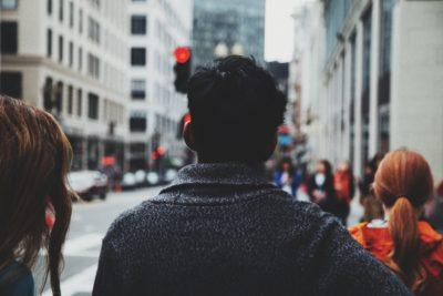 Cum afli că oferi mai mult decât trebuie oamenilor din jur