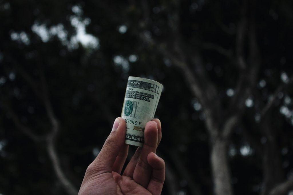 planifică cum să faci bani)