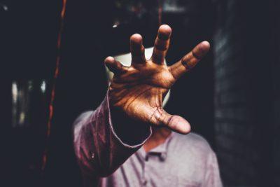 Byron Katie: Un da nesincer este un nu pentru tine însuţi