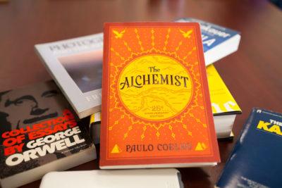 5 lecții de viață din Alchimistul