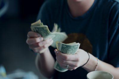 """Puterea locului: Unde să păstrezi banii pentru ca aceștia să se """"înmulțească"""""""