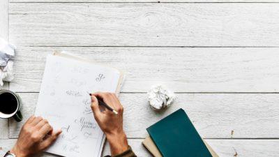 Cum te ajută scrierile expresive să învingi stresul