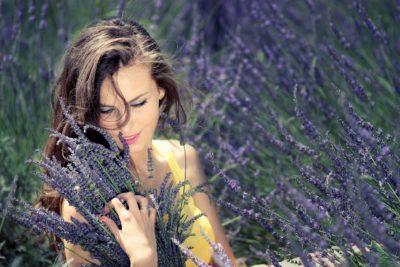 5 uleiuri esențiale care accelerează procesul de vindecare emoțională