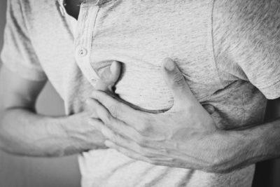 10 tipuri de dureri fizice care vorbesc de fapt despre probleme emoționale