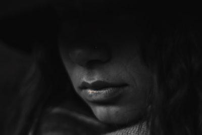 5 semne subtile că o persoană dragă suferă de depresie